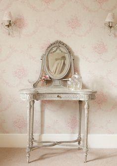 Pink Sophia Wallpaper  - Kate Forman