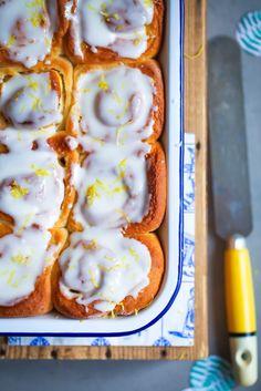 Zitronen Hefeschnecken Rezept - lemon buns - Hefeteig Zucker Zimt und Liebe Zimtschnecken