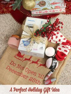 A Perfect Holiday Gift Idea with Sonicare. Give the perfect gift this holiday season to everyone on your list with this Philips® Sonicare DiamondClean Smart 9300 Rechargeable Toothbrush! Plus, wrap it up all prettily in a DIY Painted Burlap Gift Bag! #ad #WorldsSmartestToothbrush #PhilipsSonicare #OprahsFavoriteThings