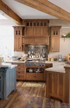 Craftsman Style Kitchen Cabinets On Craftsman Kitchen Pictures Mission Style Kitchens, Craftsman Style Kitchens, Craftsman Interior, Home Kitchens, Craftsman Houses, Two Tone Kitchen Cabinets, Kitchen Cabinet Styles, Painting Kitchen Cabinets, Wood Cabinets
