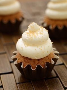 Carrot Cake Cupcake with Cream Cheese Frosting recipe