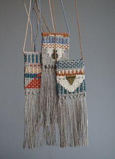 Weaving a Varpapuu Finlandia Countermarch Loom « Decor Diy Best Weaving Textiles, Weaving Art, Tapestry Weaving, Loom Weaving, Hand Weaving, Textile Jewelry, Fabric Jewelry, Textile Art, Jewellery