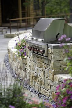 Outdoor Grill |