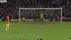 Watch highlights of the #WHUEVE #FACup replay as Adrian scores the winning penalty http://bbc.in/1KJ18iY