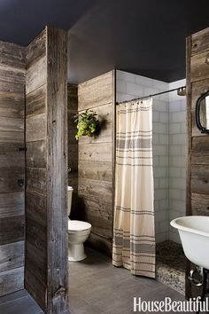 Love the contrast. Rustic and smooth.