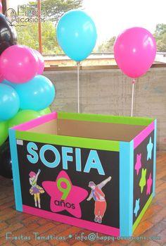 Caja para los regalos www.happy-occasions.com Regalo Baby Shower, Ideas Para Fiestas, Peppa Pig, Toy Chest, Frozen, Home Decor, Amanda, Party Ideas, Decorations
