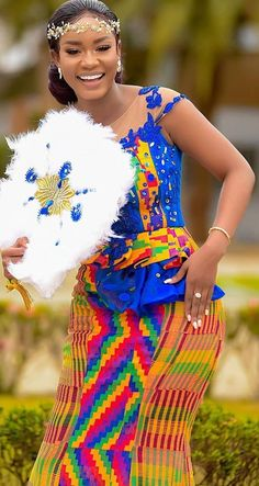 African Dresses For Kids, African Lace Dresses, African Wedding Dress, African Fashion Dresses, African Weddings, Ghana Traditional Wedding, African Traditional Wedding Dress, Engagement Dress For Bride, Kente Dress