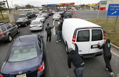 Gas Lines Point to a Need for Resilience—Hurricane Sandy demonstrated the vulnerability of our dependence on automobiles; we need to become a lot more resilient.