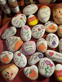 69 Beauty & Cute Rock Painting Ideas