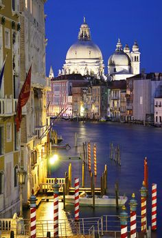 ✯ Venice at Night