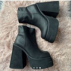 Booty, Ankle, Shoes, Fashion, Moda, Swag, Zapatos, Wall Plug, Shoes Outlet