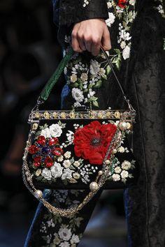 Весна-лето 2016 / Ready-To-Wear / НЕДЕЛЯ МОДЫ: Милан