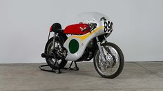 1963 Honda Road Racer 250 CC, 5-Speed presented as lot T32 at Indianapolis, IN 2015 - image1