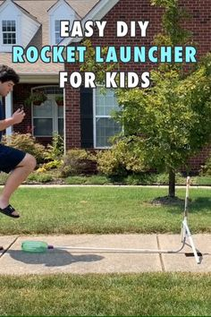 Kids are going to LOVE building and playing with this fun air rocket! This easy step by step activity project will show Science Topics, Cool Science Experiments, Science For Kids, Science Projects, Engineering Projects, Stem Projects, Stem Rockets, Rockets For Kids, Scout Activities