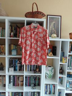 VINTAGE 1980's Men's Hawaiian Print Shirt by reyn