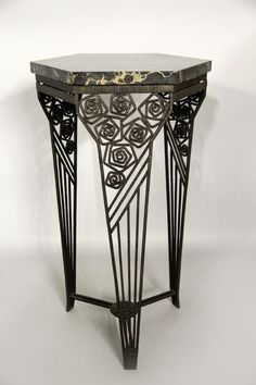 Shown as Art Deco table; I see Scots Arts and Crafts a la Charles Rennie Mackintosh with those roses! Art Deco Table, Art Deco Decor, Art Deco Home, Motif Art Deco, Art Deco Design, Art Nouveau, Art Deco Period, Art Deco Era, Art Et Architecture