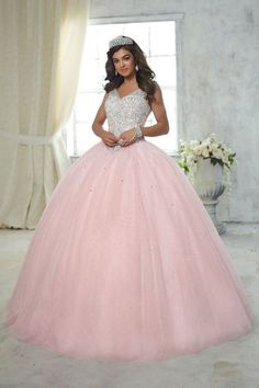 House of Wu Quinceanera Dress Style (Mix & Match) Make a lasting impression in a House of Wu Quinceanera Dress Style Number Number during your Sweet 15 party or any formal event. A sparkle tulle ball gown skirt with tiny sequins sparsely scat Pretty Quinceanera Dresses, Cute Prom Dresses, Wedding Dresses, Quinceanera Decorations, Quinceanera Party, Party Dresses, Wedding Decorations, Formal Dresses, Sweet Sixteen Dresses
