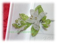 Tutorial beaded flowers: lily