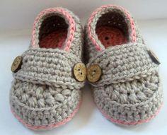 Crochet Baby Girls Booties Organic Cotton by HeathersHobbies, $20.00