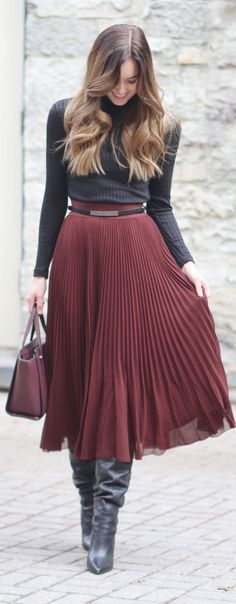 PLEATED SKIRT ALERT! This stunner is the perfect way to add some feminine vibes to a winter outfit (the leather boots are on sale!) // blond balayage long hair // #fashion #fashionblogger #pleats #leather #burgundy by Marie's Bazaar