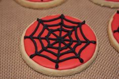 I just completed an order of Spiderman cookies for a Birthday party this weekend. I love how they came out! Here's a few different pictures....