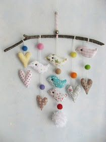 {The Ardent Sparrow}: Nursery Rhymes {Mobiles} Mobiles, Rama Seca, Sewing Projects, Projects To Try, Felt Animal Patterns, Bird Mobile, Boy Girl Room, Fabric Birds, Scrap Fabric