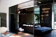 Casa Decor Madrid. Walk-in closet by Rimadesio. Space created by Isolina Mallon Interior Design