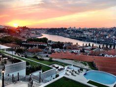 #Dançar ao #pôr-#do-#sol: 5 #locais no #Porto para #sair ao #final do #dia | #porto #sunset #relaxar ao #finaldodia #TheYeatman #bar #terraço #Douro #city #vinhos #cocktails