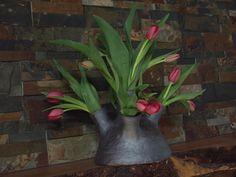 Tulipiere My Arts, Pottery, Ceramics, Plants, Ceramica, Ceramica, Pottery Marks, Ceramic Art, Plant