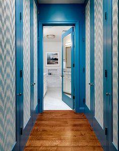 House of Turquoise: Tilton Fenwick House Of Turquoise, Loft Design, House Design, Wallpaper Door, Wallpaper Panels, Print Wallpaper, Trim Paint Color, Paint Colors, Tall Cabinet Storage