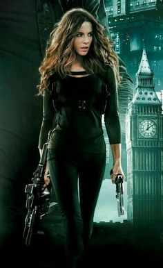 Kate Beckinsale in Total Recall Underworld Kate Beckinsale, Gorgeous Women, Beautiful People, Kate Beckinsale Pictures, Kate Beckinsale Hair, Total Recall, Modelos Fashion, Badass Women, Pearl Harbor