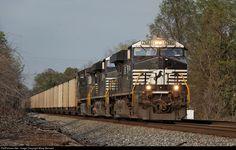 RailPictures.Net Photo: NS 7683 Norfolk Southern GE ES40DC at Salisbury, North Carolina by Marty Bernard