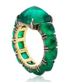 ct sugar loaf cabochon emerald ring save by Antonella B. Emerald Gemstone, Emerald Jewelry, Gemstone Jewelry, Jewelry Rings, Jewelry Accessories, Fine Jewelry, Jewelry Design, Emerald Rings, Ruby Rings