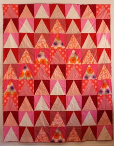 I LOVE THIS QUILT. Flying geese (Gina Rockenwagner)
