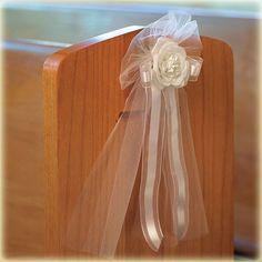 Tule strikken met roos en lint wit - 4 stuks