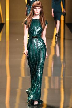 Elie Saab Fall 2012 Ready-to-Wear Collection - Vogue Fashion Week, Runway Fashion, High Fashion, Fashion Beauty, Fashion Show, Fashion Design, Paris Fashion, Fashion Night, Green Fashion
