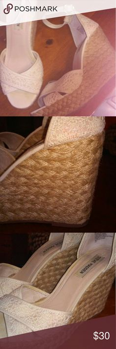 """Steve Madden 4 1/2"""" Creme Lace Wedges EUC only worn 3 times at most pic 2 shows small spot on wedge there are a couple of these but you cannot tell unless you are close up 4 1/2"""" braided wedge  Gorgeous shoes and comfortable Steve Madden Shoes Wedges"""