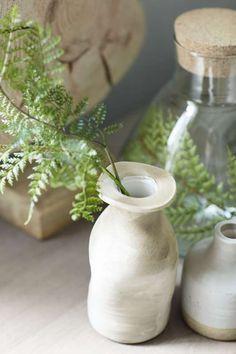 Vaasje Ceramic   meer info?  Kijk www.prontowonen.nl #vaas #ceramic #accessoire