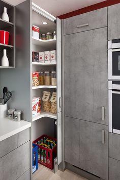 Hochschränke für die Küche – flexibel nutzbarer Stauraum