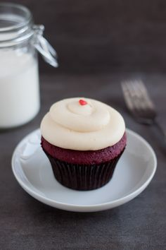 Georgetown Cupcakes Red Velvet - the standard all cupcakes are measured against - recipe