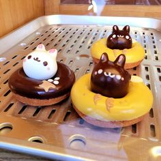Went to Floresta - the cute animal donuts place in... | Tokyo Fashion