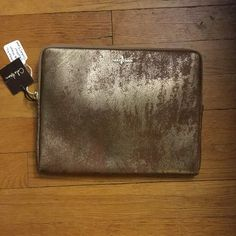 Authentic Cole Haan leather iPad case/clutch This metallic leather I pad case gives any person the sophisticated look they need. Be it for business, school or a fashionista, this iPad case is it Cole Haan Accessories Laptop Cases