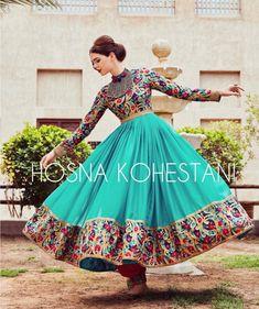 #afghan #style #dress Stylish Dresses, Nice Dresses, Fashion Dresses, Modest Fashion, Indian Dresses, Indian Outfits, Pakistani Outfits, Traditional Fashion, Traditional Dresses