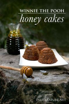 Books While Tigger may have his malt extract, we& turning Winnie the Pooh& favourite snack into a baked treat--honey cakes. Disney Inspired Food, Disney Food, Delicious Desserts, Dessert Recipes, Yummy Food, My Favorite Food, Favorite Recipes, Sushi, Honey Cake
