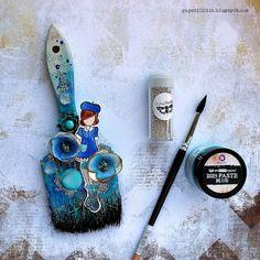 Riikka Kovasin - Paperiliitin: Julie Nutting brush - Prima Marketing