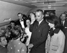 Johnson, jura como presidente  Estados Unidos.Jacqueline Kennedy. 22 nv 1963.