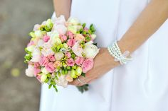 Make sure your bouquet reflects your personalty. Find out what colors mean in your wedding bouquet, and make it extra special. Bridesmaid Bouquet, Wedding Bouquets, Wedding Flowers, Floral Centerpieces, Flower Arrangements, Free Wedding, Wedding Day, Wedding Dress, Romantic Wedding Colors