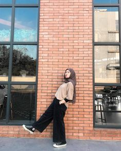 Modern Hijab Fashion, Street Hijab Fashion, Hijab Fashion Inspiration, Muslim Fashion, Look Fashion, Korean Fashion, Stylish Hijab, Casual Hijab Outfit, Ootd Hijab
