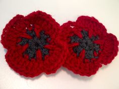 free crochet pattern for the Poppy Appeal. The Royal British Legion, the UK's leading Service charity, sells these in November every year to raise money. Crochet Poppy Pattern, Crochet Flower Patterns, Crochet Motif, Crochet Yarn, Crochet Stitches, Knitting Patterns, Crochet Appliques, Crochet Doilies, Crochet Ideas