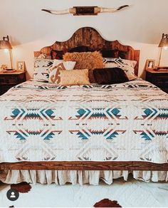 white sands Western Bedroom Decor, Western Rooms, Western Decor, Rustic Decor, Cowgirl Bedroom, Western Bathrooms, Up House, House Rooms, House Floor